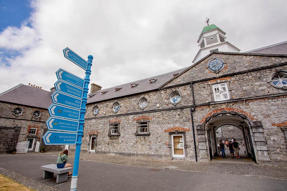 Outdoor Kilkenny Medieval Mile 03