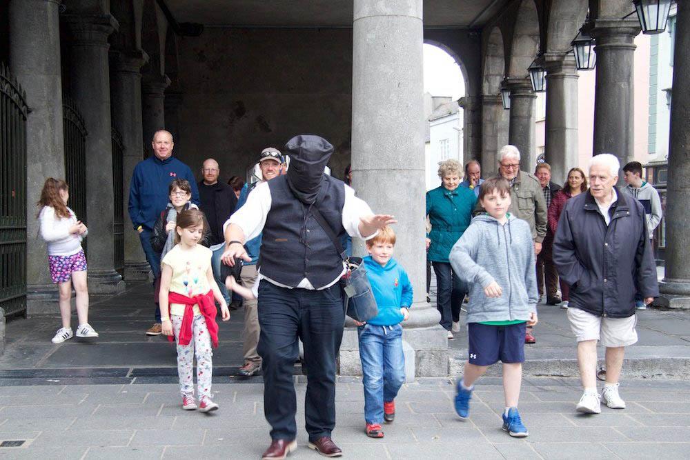 Outdoor Kilkenny Shenanigans Walking Tour 07